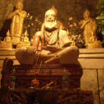 Statue Mt Phousi