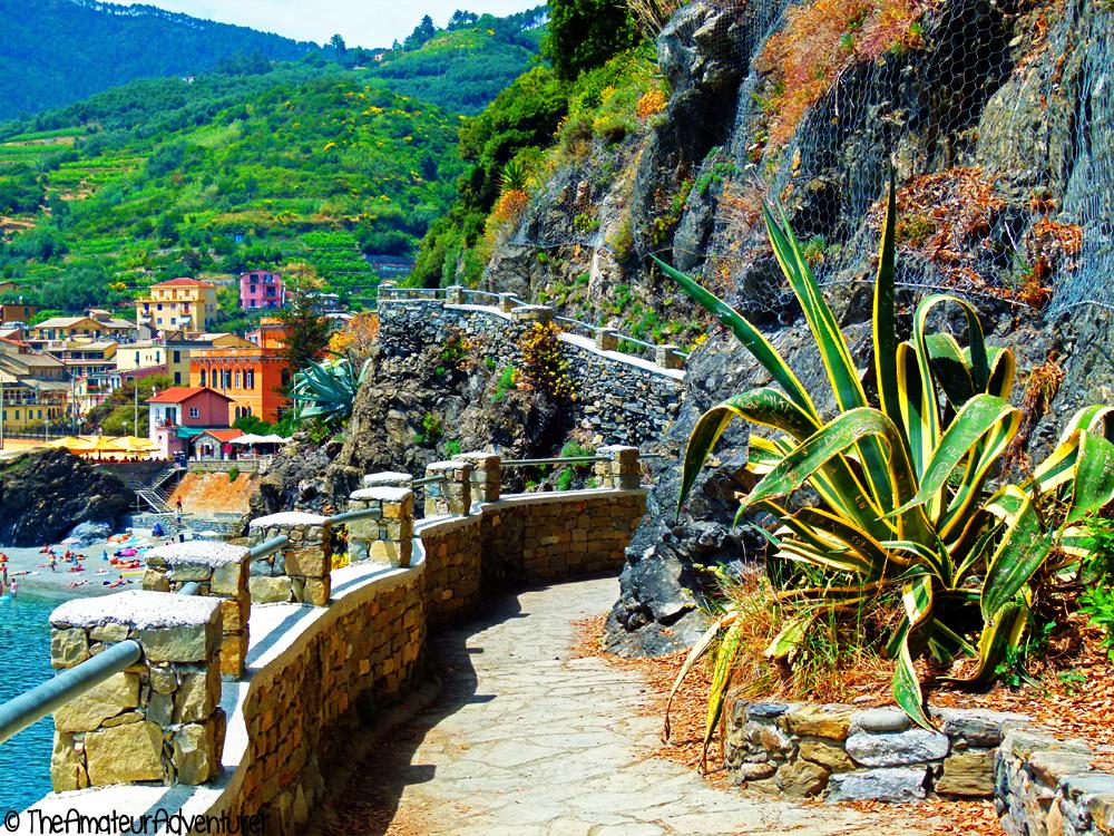 Monterosso walkway